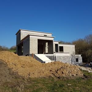 maison contemporaine et classique